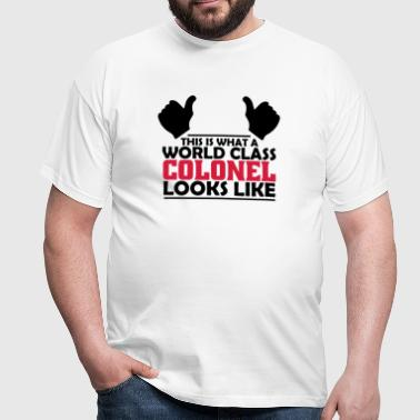 world class colonel - Men's T-Shirt