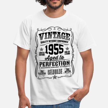 Born 1955 1955 Vintage 63th Birthday gift 63 years old - Men's T-Shirt