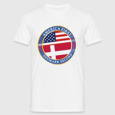 AMERICA FIRST DENMARK SECOND - Männer T-Shirt