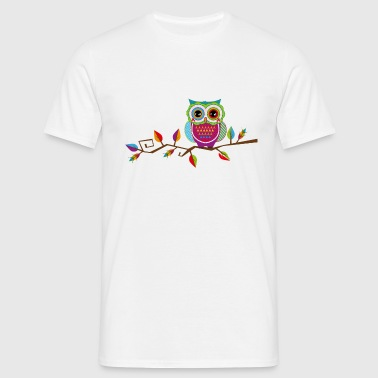Owl sitting on a branch - Men's T-Shirt