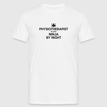physiotherapist day ninja by night - Men's T-Shirt