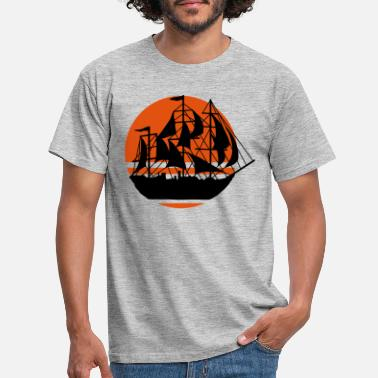Pirate Sun sailing ship silhouette - Men's T-Shirt