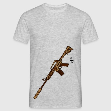 m4 assault rifle camouflage - Men's T-Shirt