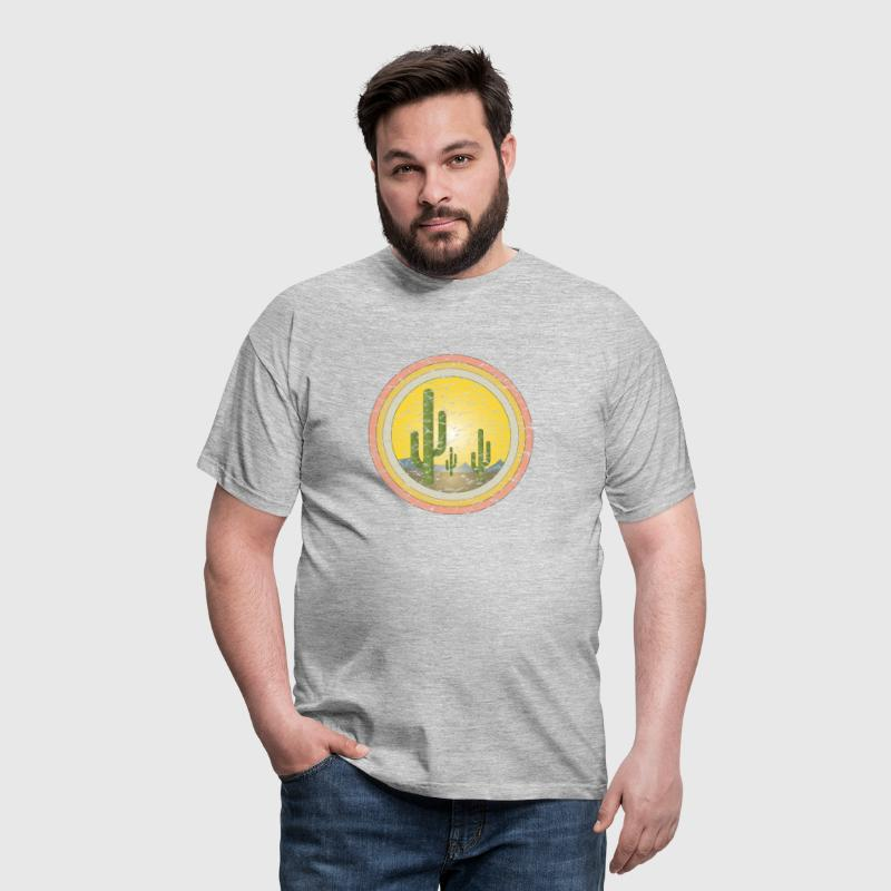 Cactus desert sunset - Men's T-Shirt