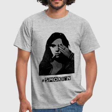 smokin woman - Männer T-Shirt