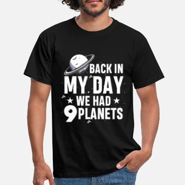 Galaxey Science Planet Astronomy - Pluto Galaxy - Men's T-Shirt