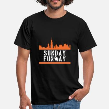Sunday Funday Sunday Funday - Männer T-Shirt
