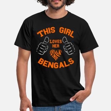 This Girl Loves Her Bengals - Men's T-Shirt