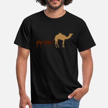 Camel Siblings mom dad family offspring boy baby - Men's T-Shirt