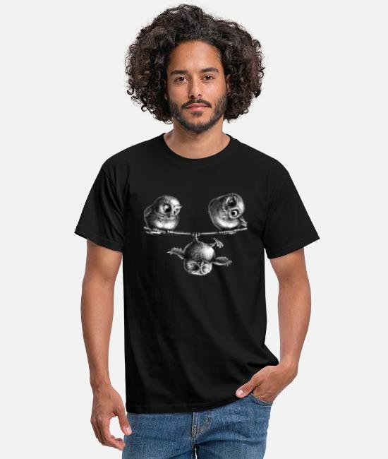 Month T-Shirts - three owls - freedom and fun - Men's T-Shirt black