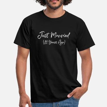 Twenties Funny 20th Anniversary Just Married 20 Years Ago - Men's T-Shirt