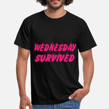 Wednesday Survived - Men's T-Shirt