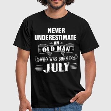 Never Underestimate An Old Man Who Was Born In Ju - Men's T-Shirt