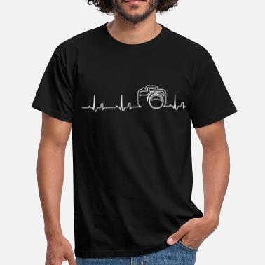 Film Photography Heartbeat - camera - Men's T-Shirt