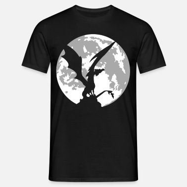 dragon on moon - Men's T-Shirt