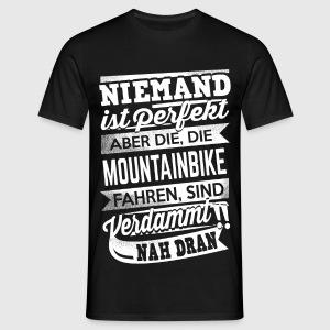 niemand ist perfekt mountainbike von roxxshirz spreadshirt. Black Bedroom Furniture Sets. Home Design Ideas
