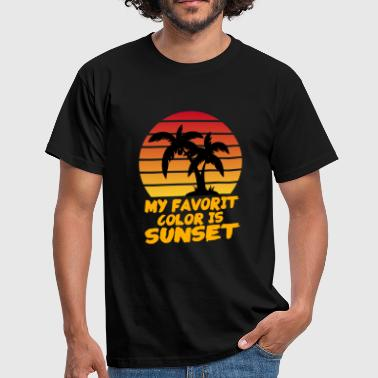 Sunset behind palm trees - Men's T-Shirt