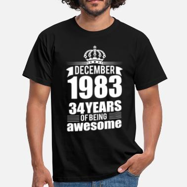 34 Birthday December 1983 34 years of being awesome - Men's T-Shirt
