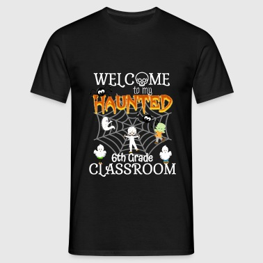 Halloween Haunted Teacher Grade Classroom Design - Men's T-Shirt