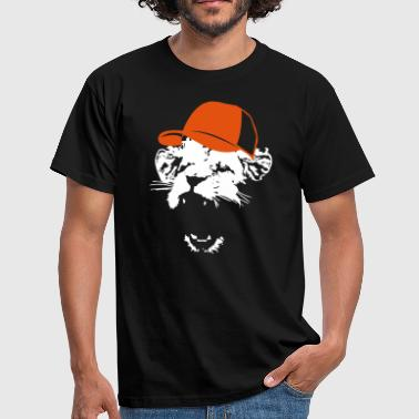 Lion with baseball cap  - Men's T-Shirt