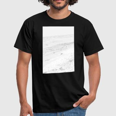 Sea and sand - Men's T-Shirt