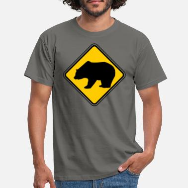 Road Sign Bear symbol - sign for Canada and wilderness fans - Men's T-Shirt