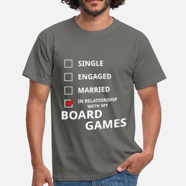 Relationship Tops In relationship with my board games - Men's T-Shirt