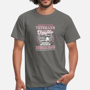 Veterans US Veterans daughter - Men's T-Shirt