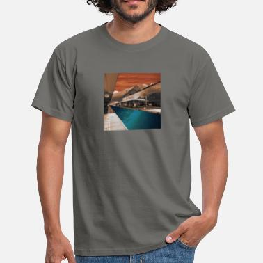 Railway Station railway station - Men's T-Shirt