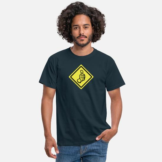 Thumbs T-Shirts - thumbs up roadsign - Männer T-Shirt Navy
