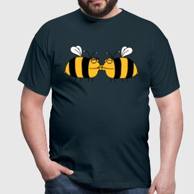 2 lovers kissing bees - Men's T-Shirt
