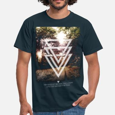 Hipster mystic forest triangles - Männer T-Shirt