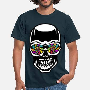 Skull head of death crane eye checker kaleidoscope fantasy - Men's T-Shirt