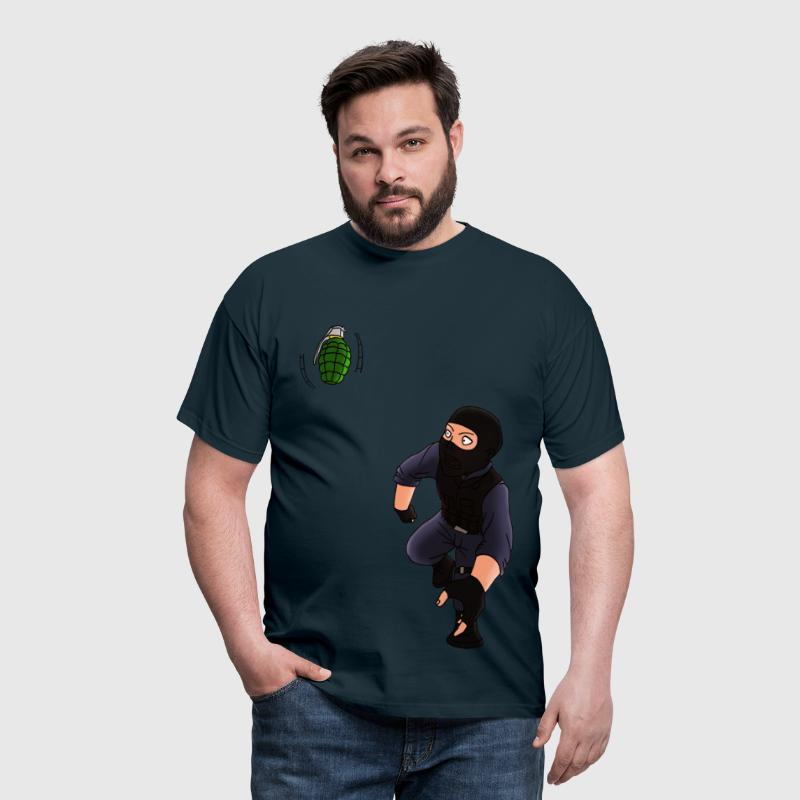 Counter Strike - Männer T-Shirt