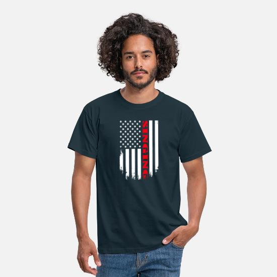 Song T-Shirts - Patriotic Singing Player - Flag - Männer T-Shirt Navy