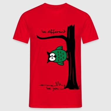 Eule auf Baum be different, be you - Männer T-Shirt