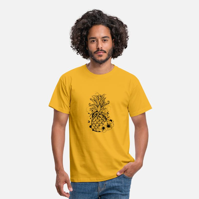 Collections T-Shirts - Pineapple with hibiscus blossom - Mannen T-shirt geel