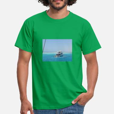dream island - Men's T-Shirt