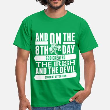 Funny the 8th day irish png - Men's T-Shirt
