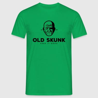 Face of an old smoking cannabis - Men's T-Shirt