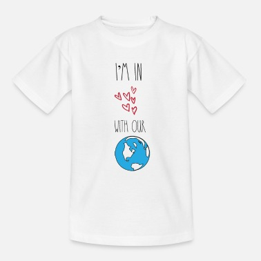 Carbon In love with our planet Earth environmentalists - Kids' T-Shirt