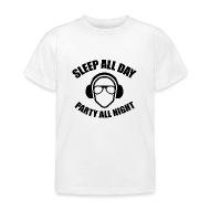 Party Sleep All Day Party De Hele Nacht Door   Kinderen T Shirt