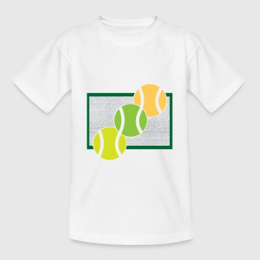 Tennis balls on the tennis court - Kids' T-Shirt