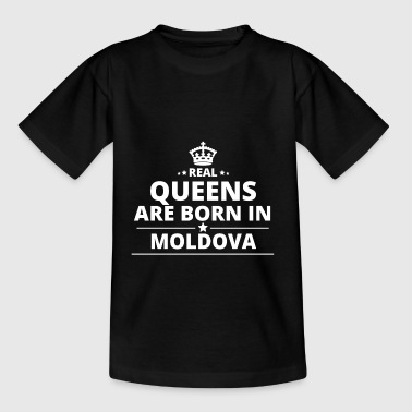 LOVE GIFT queens born in MOLDOVA - Teenage T-Shirt