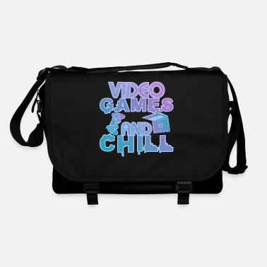 Gaming Accessories Gaming and Chill Witziges Gaming Shirt - Umhängetasche