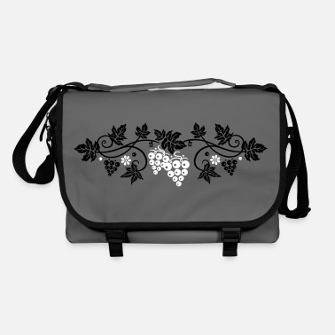 Vine Wine grape with vine leaves, vine. - Shoulder Bag