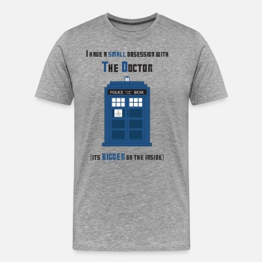 Doctor Who Tardis bigger on the inside.png - Maglietta Premium da uomo