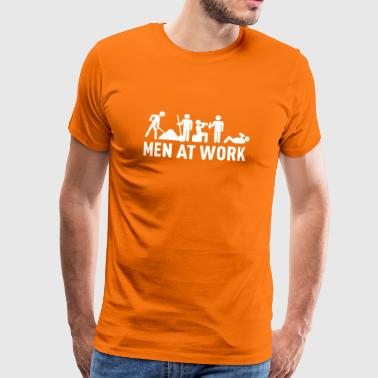 men at work - construction area - worker hard working - T-shirt Premium Homme