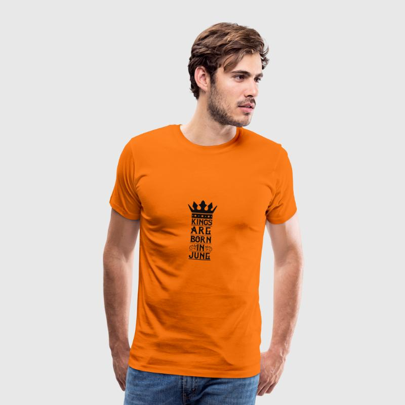 Kings are born in June - Mannen Premium T-shirt