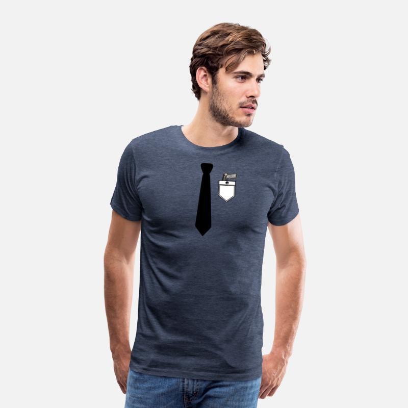 Overhemd Voor Pak.Overhemd En Pak Met Stropdas En Pistool Pistool Mannen Premium T